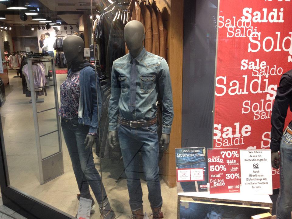 mustang-jeans-sale-westbahnhof